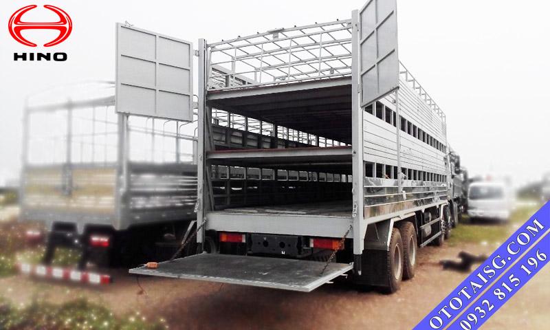 Xe tải thùng mui bạt Hino đóng bửng nâng giá rẻ-ototaisg.com