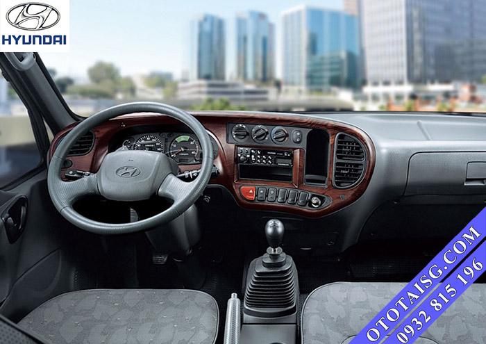 Nội thất xe 8 tấn HD120s đưcọ nhập nên rất bền bỉ và chắc chắn, không bị hư vặt, dễ sử dụng, điều khiển-ototaisg.com